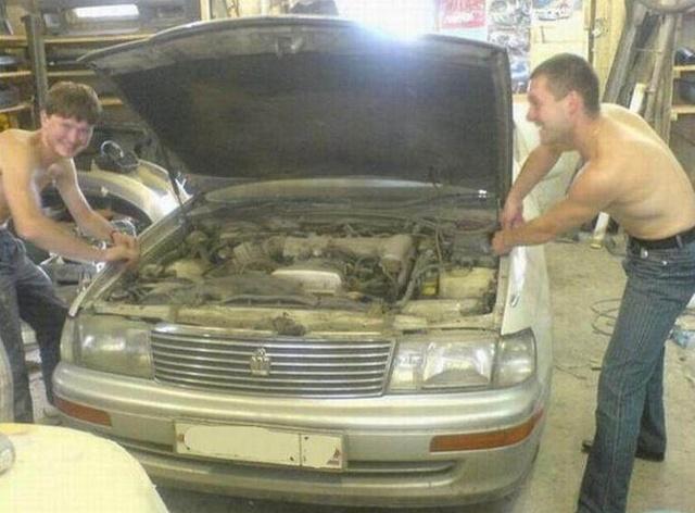 小伙把家里古董车改装超级跑车,土豪出价860万购买