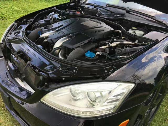 7T双涡轮增压V8发动机,百公里 让您在享受舒适的同时,也能感受