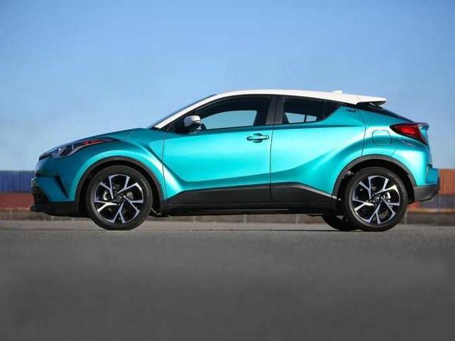 丰田最便宜的省油SUV来了, 10万出头还有四驱, 缤智劲客怎么办?