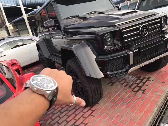 迪拜的二手车市场,土豪的天堂!