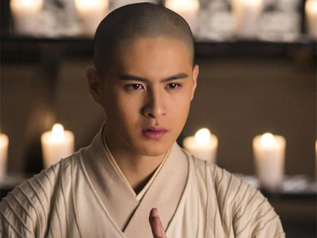 牛子藩真佛系青年演绎,网友:光头是检验帅哥的唯一标准
