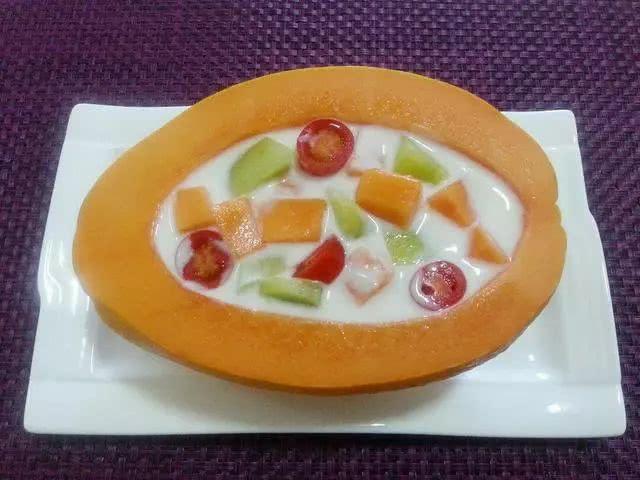 月经期间吃木瓜丰胸_许多人说,木瓜是最好的丰胸食品,但是很多人不知道木瓜只有在乳酸的