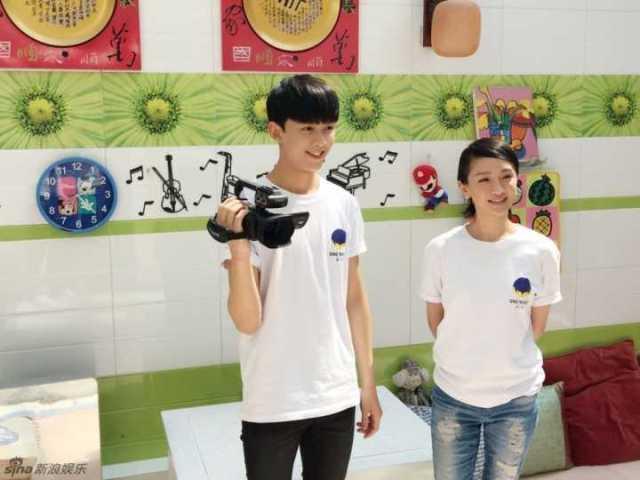 吴磊素颜参与北电艺考三试,得张艺谋、胡歌都盖过章的他无压力