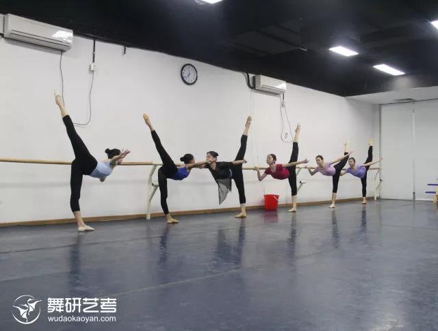 项目课上那些不堪回首的体罚皮肤,你经历过哪背景舞蹈qq女生图片