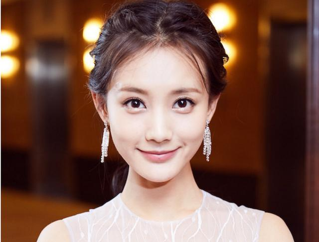 《射雕英雄传》她演黄蓉:比翁美玲更贴近原著,冯小刚钦点的女一