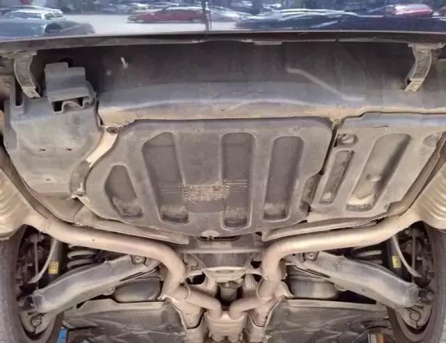 奔驰E300L换油案例