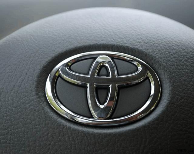 日系三大品牌, 本田靠发动机, 丰田靠质量, 日产靠的是什么