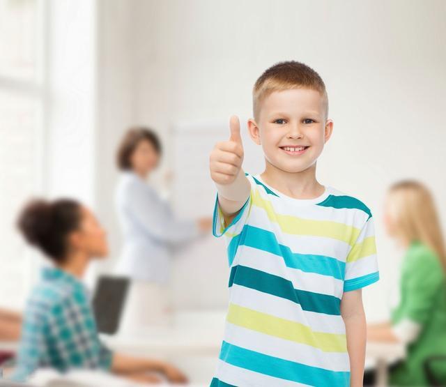 幼儿园1个学生看懂800词