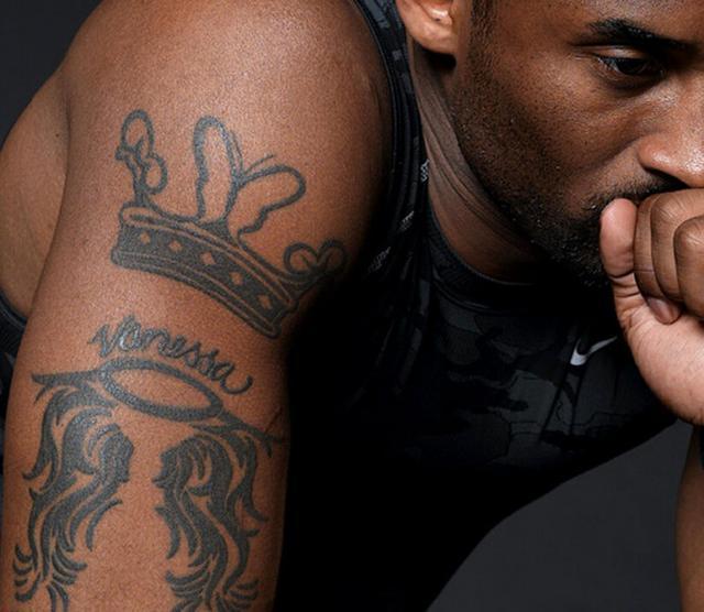 揭秘: 科比纹身的故事, ?右手全献给家人!图片