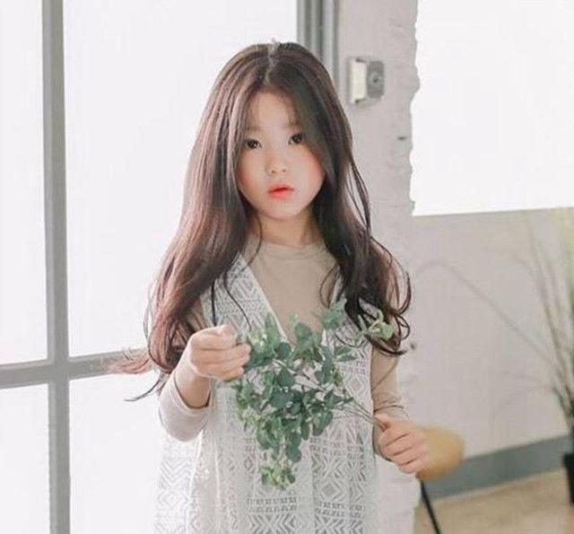 日本10岁女孩明星_全世界最美的8个小女孩,中国两位上榜,网友:日本的