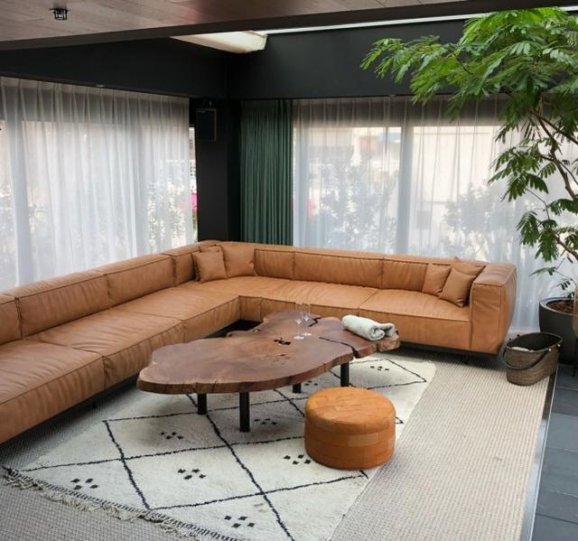 Rain公开与太太金泰希旅游入住的房间,风格别致令人心动