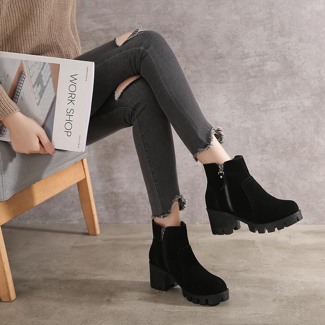 新款甜美清新女秋装,时尚显瘦针织衫,搭配牛仔裤高跟鞋好看