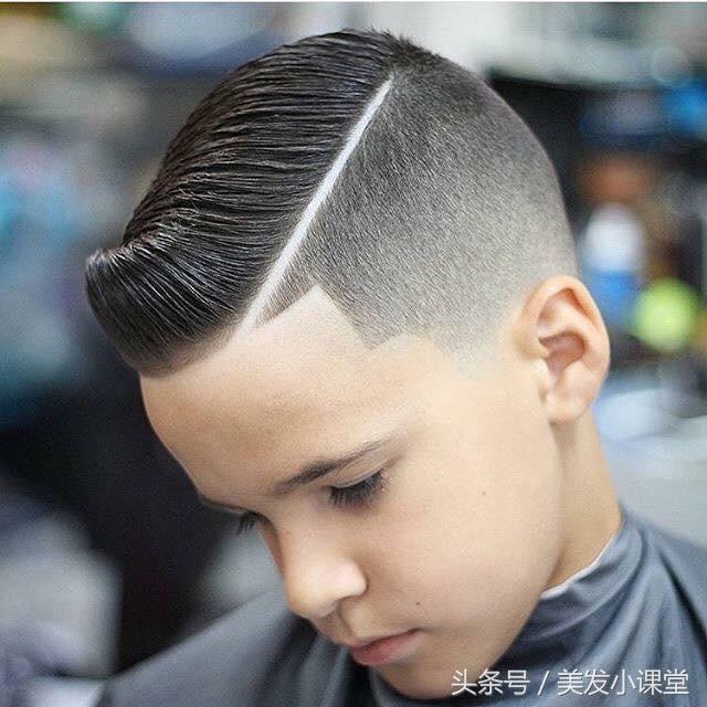 个性儿童小男生线条雕刻刻痕发型图片
