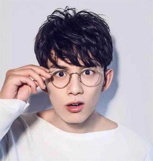 吴磊代言的眼镜