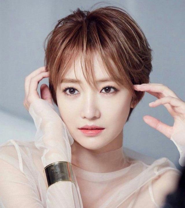 """有一种短发叫高俊熙,她被评为""""韩国最美短发女星"""".图片"""