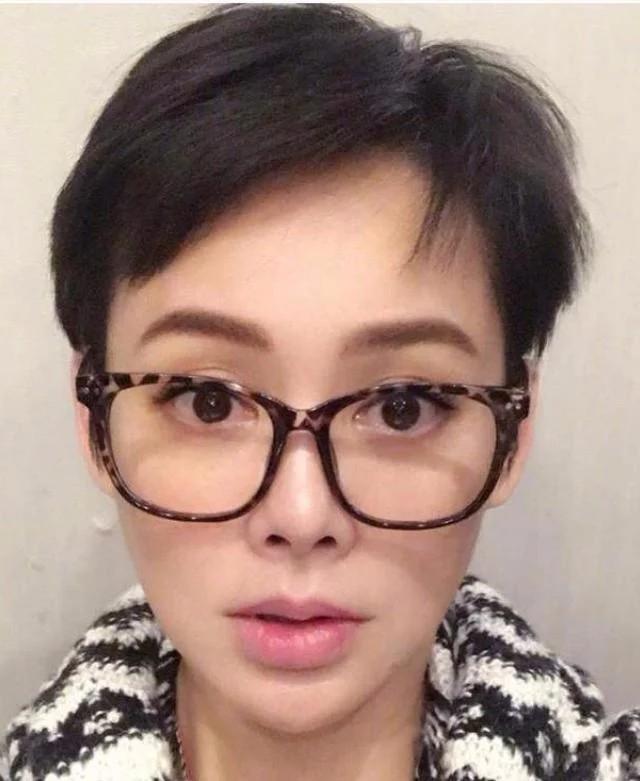 国产短发大框眼镜系列图片_2020足彩吧www.bifengo.com