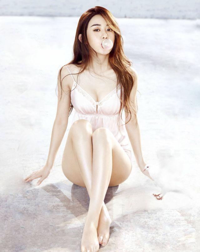 明星最美照片,赵丽颖可爱,杨幂性感,刘亦菲最有女人味!