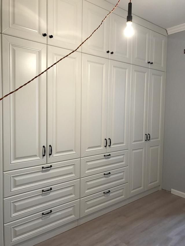 儿童简单的衣柜怎么画