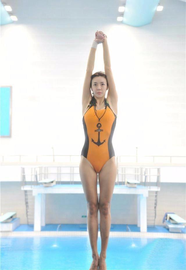"""澳门银河官网:菲律宾运动员""""高难度""""跳水!教练愤怒离场"""