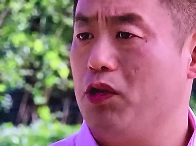 第十部乡村爱情里的男演员,为啥都抹了红嘴唇?