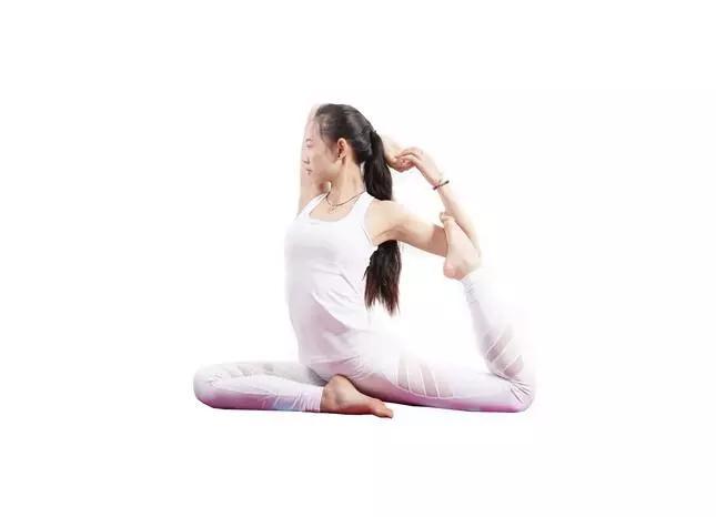 鸽子式的正误对比,让你秒懂其瑜伽精髓!图片