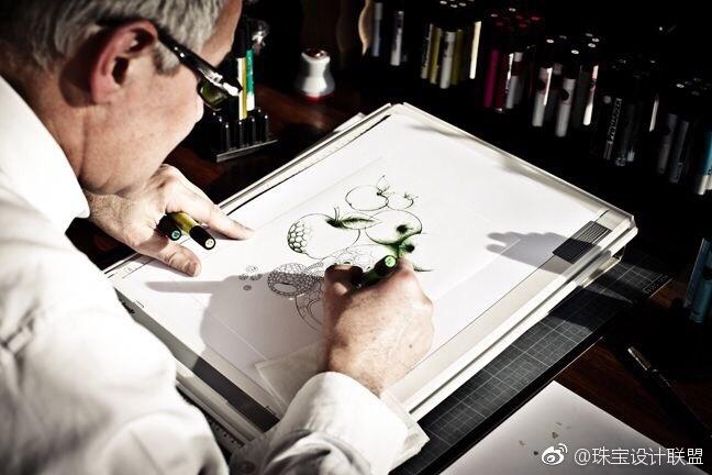 珠宝设计手绘现场,那些让人怦然心动的设计图