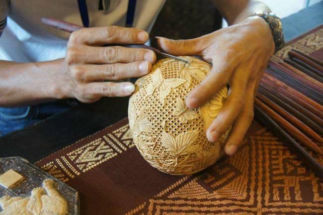 被称为天南贡品的是_海南椰雕:天南贡品 巧夺天工