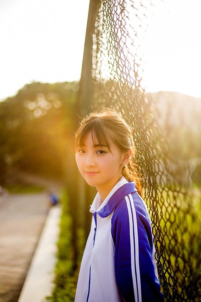 青春校服学生妹美女可爱俏皮高清阳光俏皮户外唯美写真