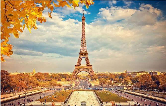 法国埃菲尔铁塔的结构有什么特别之处?并说说这样建造图片