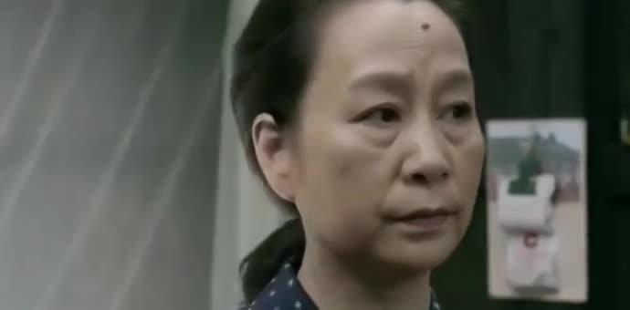 女儿不认亲妈,却认小宋佳是亲妈,小宋佳一招赢得女儿赢得老公