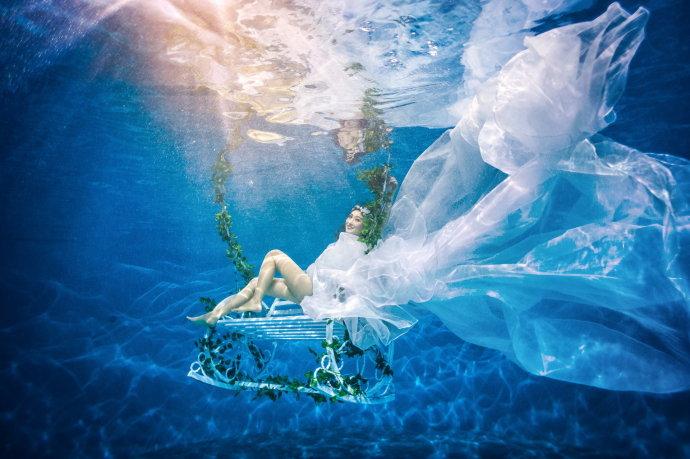 十二星座水下婚纱照,巨蟹座a品质独特,品质座唯美创新!摩羯座的水瓶图片