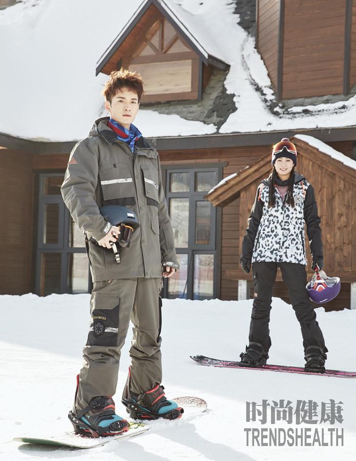 何奉天冬季滑雪大片曝光 阳光酷帅时尚满分