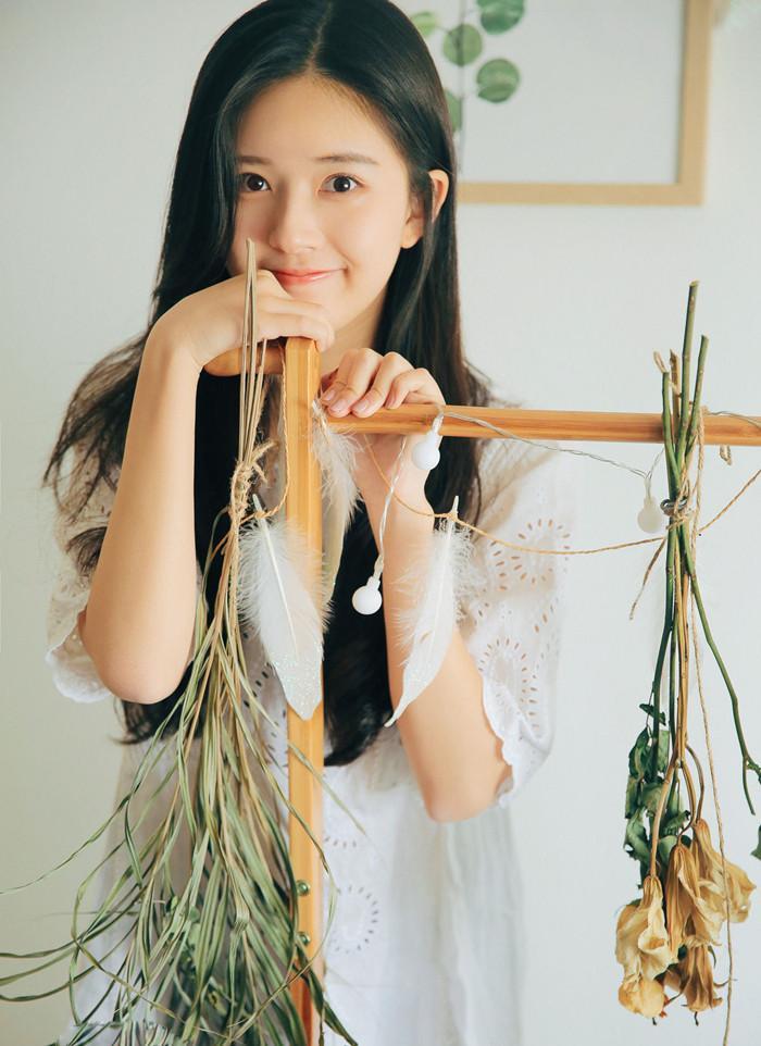 赵露思面对镜头气质出众, 川妹子是比外省的美, 我喜欢川妹子