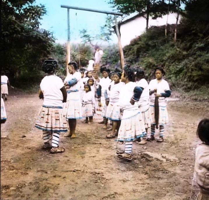 西南苗族人为何甘心认英国人为王,传教士都为殖民而来吗
