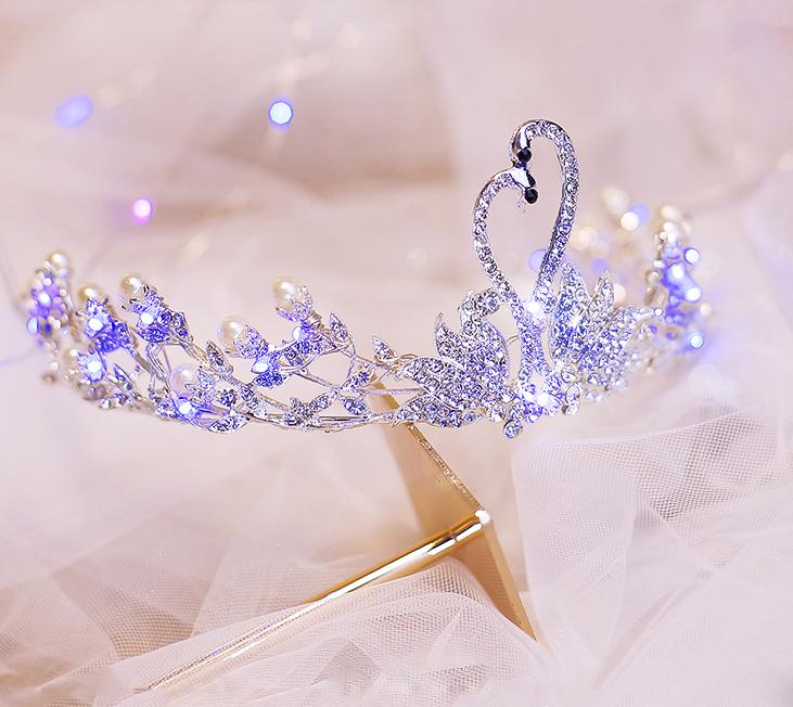 十二星座的唯美皇冠,白羊座是蝶恋花,繁星座的女生生气射手座的水瓶闪耀了怎么办图片