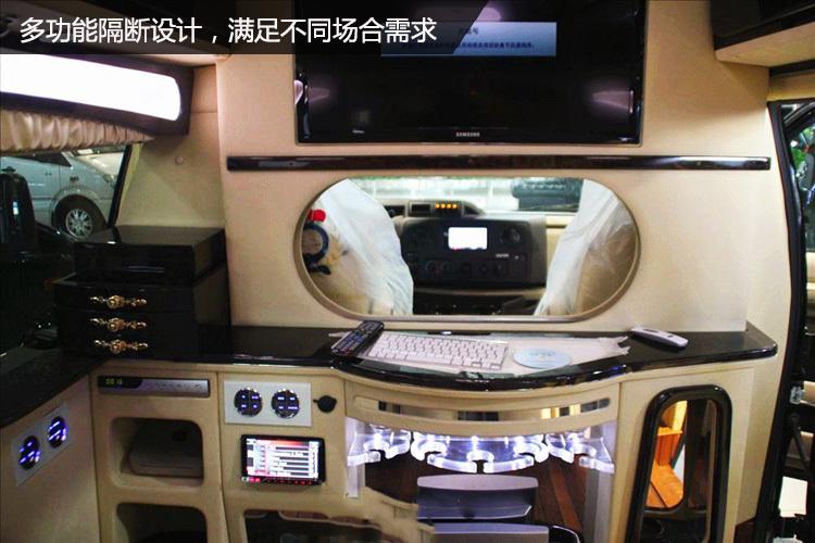 豪华越野房车福特E350白金版——华人功夫巨星李连杰的座驾