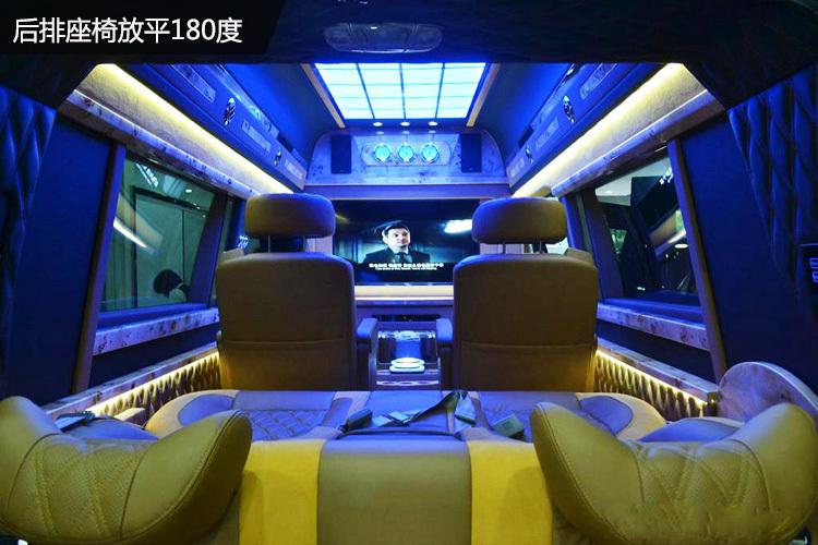 福特E350商务车,让你做有腔调的商务接待!