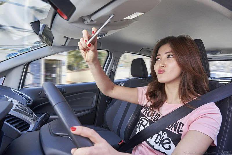 为什么有人说女司机开车很危险,大家真的遇到过么?!