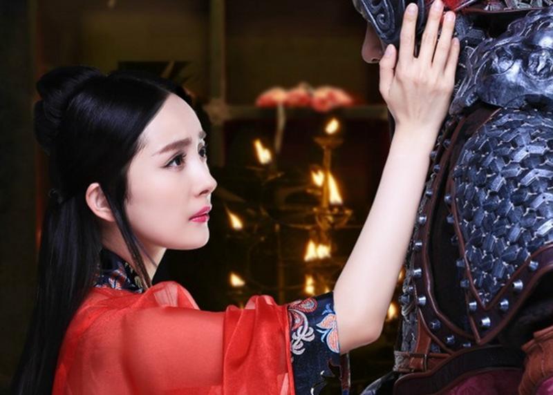 古装剧中的新娘妆,杨幂赵丽颖美如天仙,网友却说比不上她!