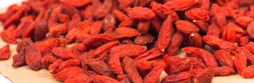 女人补血不要再吃红糖红枣了,医生告诉你,没用!吃这4种才对!