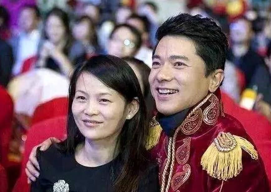 马云老婆_盘点中国最好命的6个女人,马云老婆最接地气,第一位不