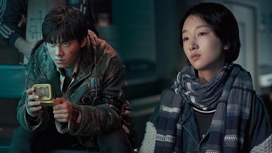 大家知道李易峰新电影《动物世界》在暑期就会与大家见面了,携手