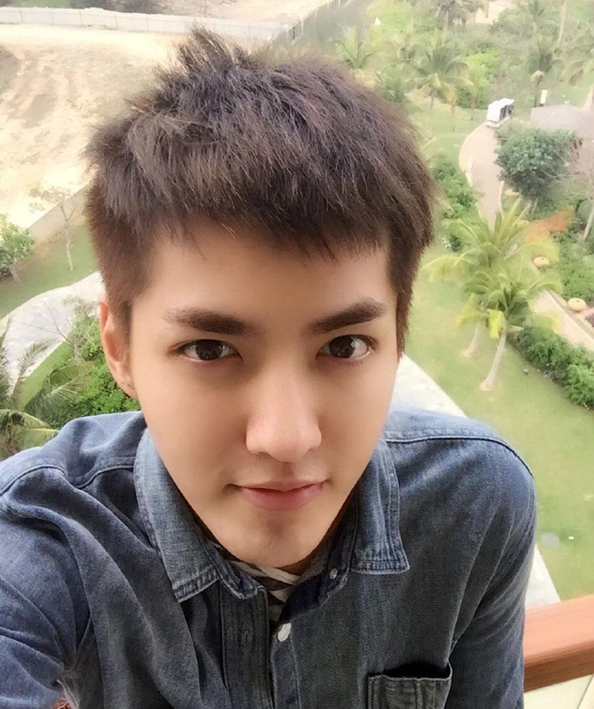 吴亦凡3年解锁28款男士发型, 一般男生才解锁到第5款图片