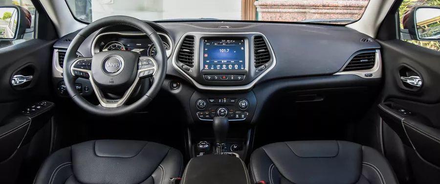 这4款SUV回头率超高,全靠这个设计,评价两极分化!