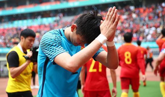 02年世界杯中国队三场失9球,对比中国杯的男足还是厉害多了
