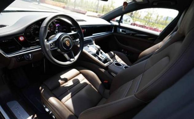 花188万元买辆帕拉梅拉:对比父亲的奔驰S500,小伙感触很深