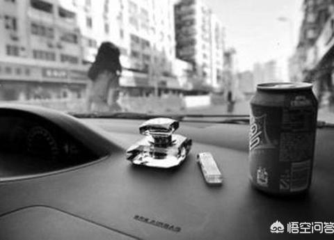 夏天如何减小汽车内的<em>温度</em>,车里<em>温度</em>过高会对车有什么影响?