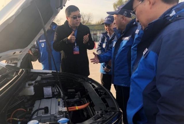 """北汽新能源EU5获""""中国心""""评选金奖"""