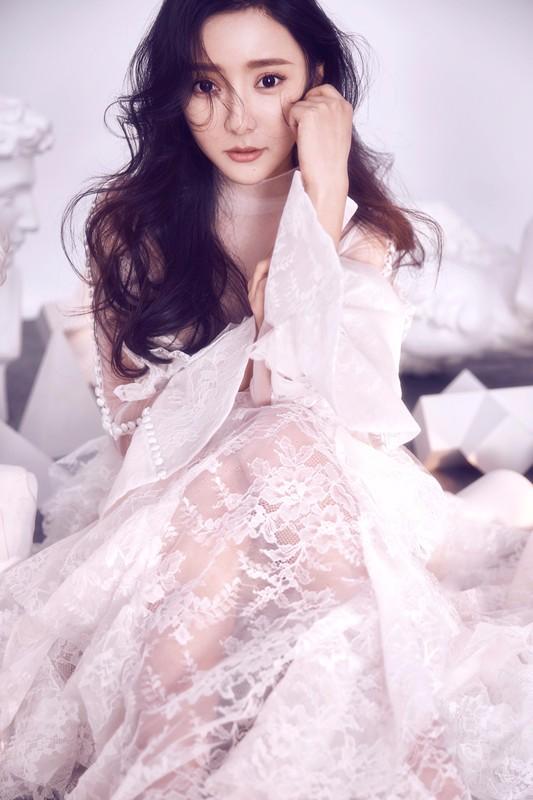 广外校花王馨瑶唯美写真曝光 甜美气质迷倒众人