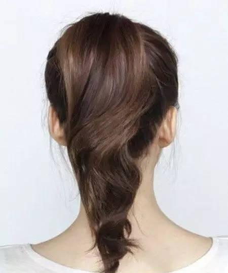女神都在扎这款头发,难怪这么美!赶紧学起来